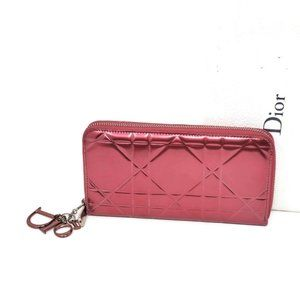 Auth Christian Dior Red Patent Leather ZippyWallet